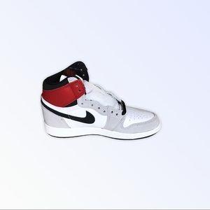 Air Jordan 1 Retro high OG- Smoke Grey Sz. 4.5 Y